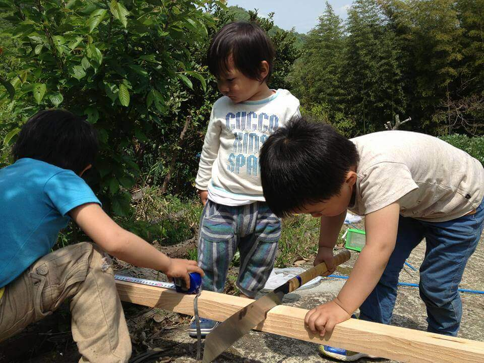 お庭をつくるワークショップ