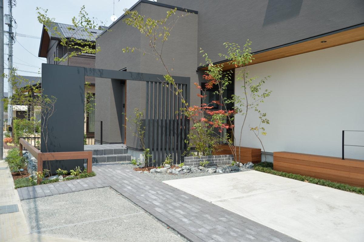 「江良の庭」